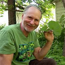 Foraging with Russ Lake